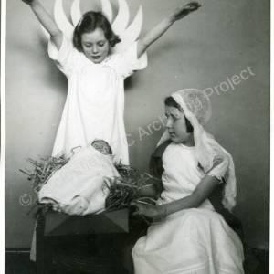 1944 Christmas Nativity (a)