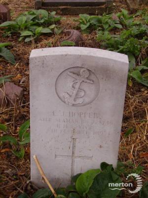 Gravestone of Edwin J Hopper
