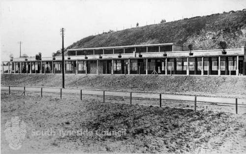 North Foreshore -Shops