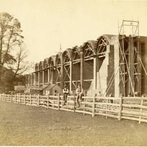 Loan22 Ledbury Viaduct construction - Arch formers in situ.jpg