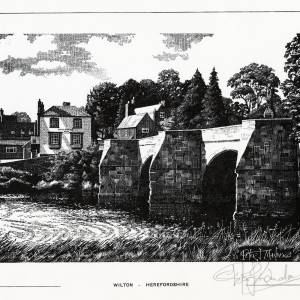 Wilton Bridge and the Kings Head, Ross-on-Wye, Herefordshire, print By Peter J Manders