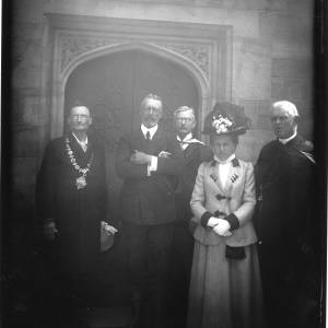 Mayor Pilley, Dean Leigh, Dr Sinclair, Prince Henry of Germany and Mrs Percival outside Dean Leigh library.jpg