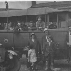 Charabanc Ready for the Trip