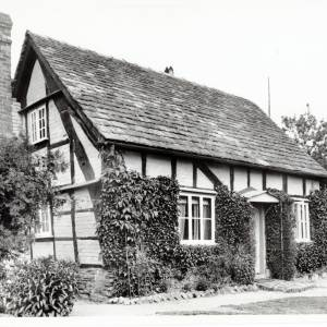 Cruck Cottage, Kinnersley, Herefordshire, exterior 1934