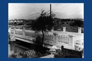 Windsor Avenue bridge, Colliers Wood
