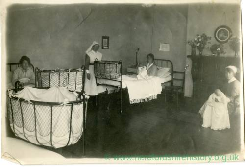 Dr. Henry Duckworth: Wife with child in a Nursing Home 1921 or 1924