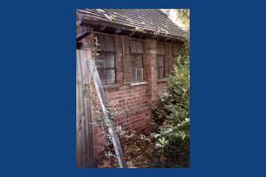 Merton Park: Park Hut