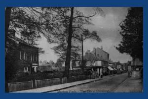 Kingston Road: Level Crossing