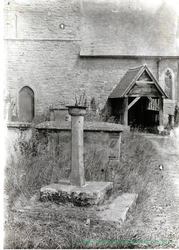 Sundial Memorial, Middleton-on-the-Hill, Herefordshire, 1929