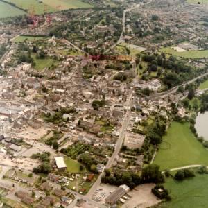 Li14980j Aerial photo of Ross-On-Wye 1988.jpg