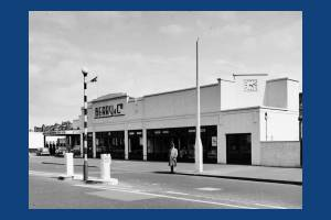 Kingston Road: Berry & Co. Garage