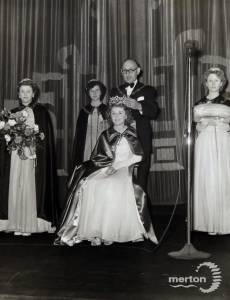Crowning ceremony for the Morden Coronation Queen