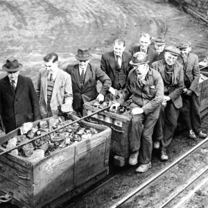 Last haul of coal from Thorncliffe drift mine in 1955