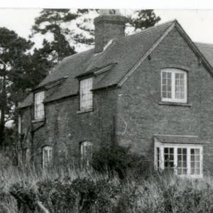RG1879B Abenhall house, 7th July 1983.jpg