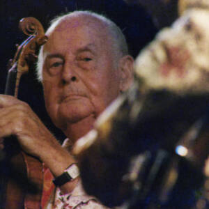 047 - Portrait of violinist Stephane Grappelli