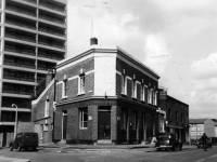Bath Tavern, Bath Road