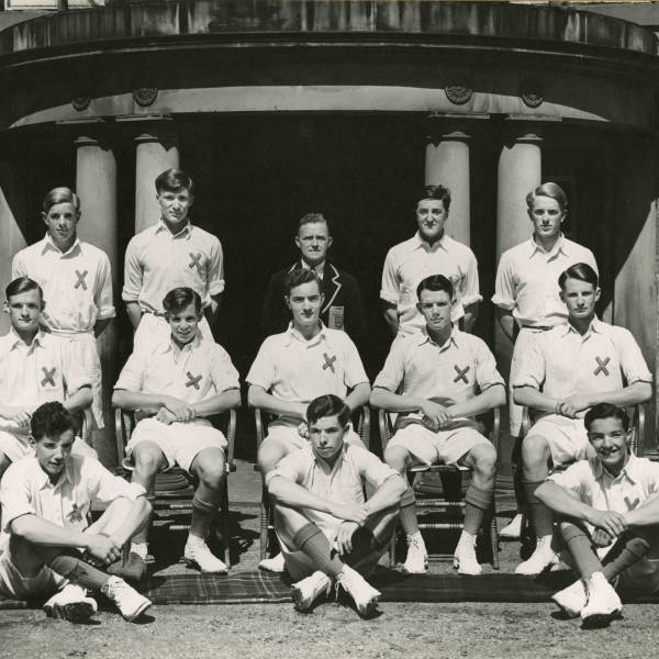 Cricket_1950_Loretto-1st-XI.jpg