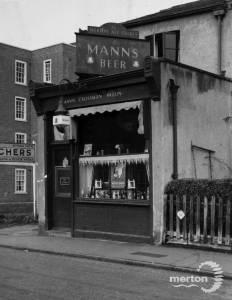 Mann's beer shop, High Path, Merton