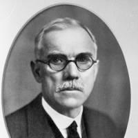 1929: Dr Daniel Adamson