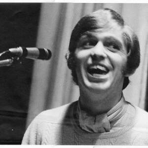 246 - Young Georgie Fame singing