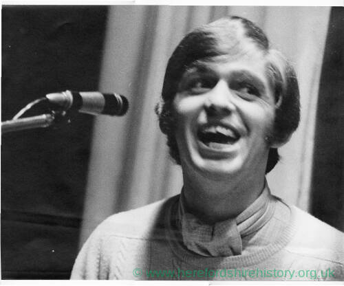 246 - Young Georgie Fame singing