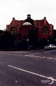 Worple Road,  Raynes Park: Lantern Arts Centre