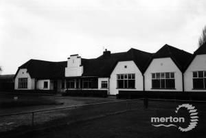 Mitcham Golf Clubhouse, Mitcham Common
