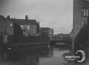 Bridge over the River Wandle: Unknown location