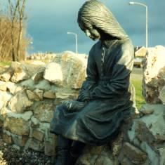 Alice - Lewis Carroll, Whitburn