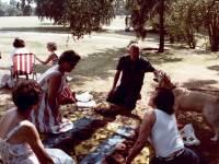 Cannizaro Park, Wimbledon: Family picnic