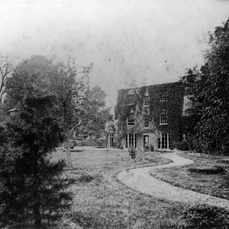 Dorset Hall - Rear Garden