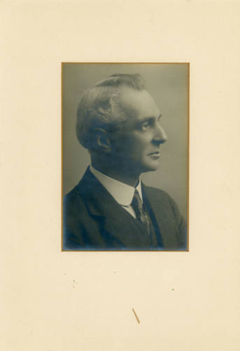 1928-29: Leslie Haywood Hounsfield