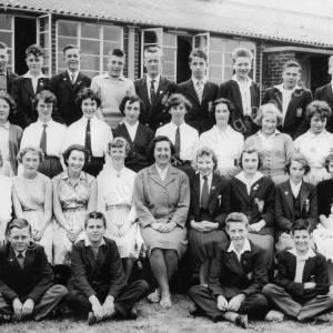 High Green Secondary Modern School class c1960.jpg