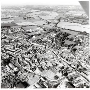 Li11575 Leominster Aerial Photograph (Black and White).jpg