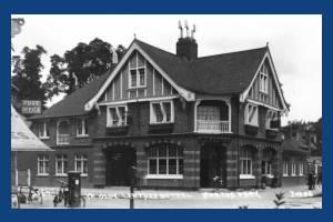 """Kingston Road, """"Ye Old Leather Bottle"""" Merton Park"""