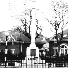War Memorial, Westoe