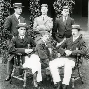 G36-191-16  Hereford Cathedral School oarsmen.jpg