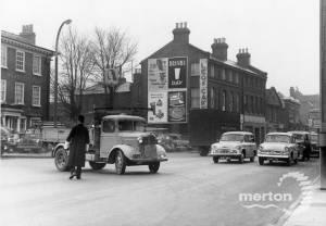 London Road, No. 317, Mitcham: Leo's cafe