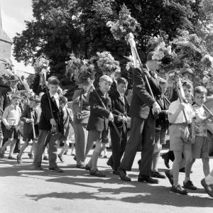 Young boys take part in the Fownhope Heart of Oak Club Walk, 1960