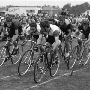 A track cycling race.