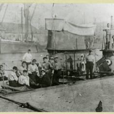 Sailors on First World War Submarine