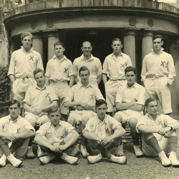 Cricket_1938_Loretto-1st-XI.jpg