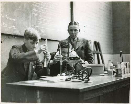Apprentice experiment