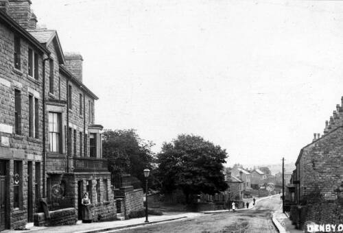 005 Wakefield Road - the 3 storey houses on left now demolished