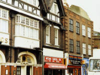 London Road, Mitcham: King's Arms Pub
