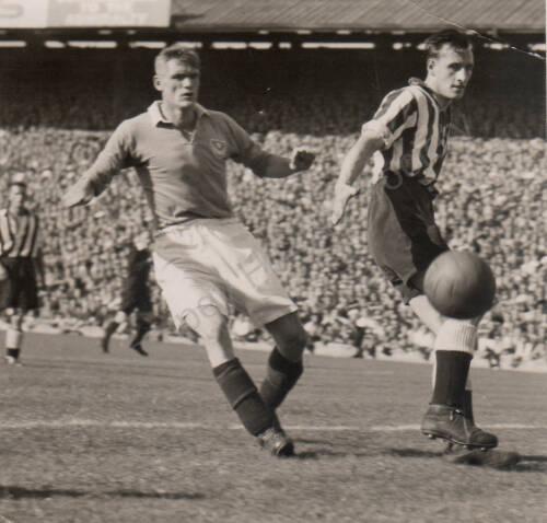 19481002 Photograph Newcastle Reid.jpg