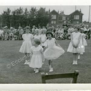 1960's Maypole Country Dancing In School Field (k)