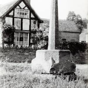 Bodenham Market Cross 1902
