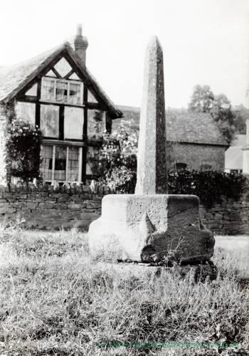 Bodenham Market Cross 1902