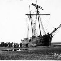The Schooner 'Lily Baynes' Waterloo Shore wrecked Nov 12th 1907